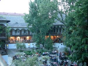 Hanul Manuc Courtyard 4