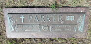 Parker-Stephen tombstone