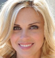 kelly sullivan married