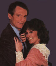 Chris-Robinson-and-Denise-Alexander-general-hospital-80s-26398114-384-450