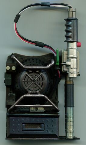 File:GB2016 Mini Proton Pack Kit09 Pack Kit front.jpg