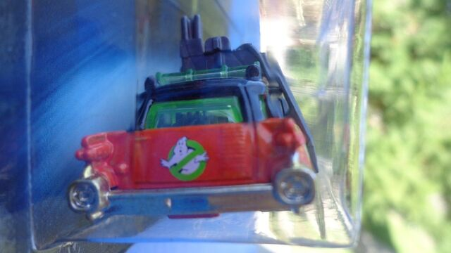 File:Hot Wheels Ecto-1 Halloween Series Kroger Ralph's Fry's Exclusive04.jpg