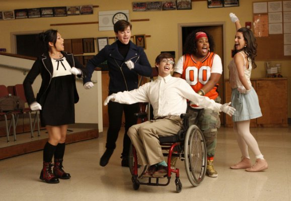 File:Glee23.jpg