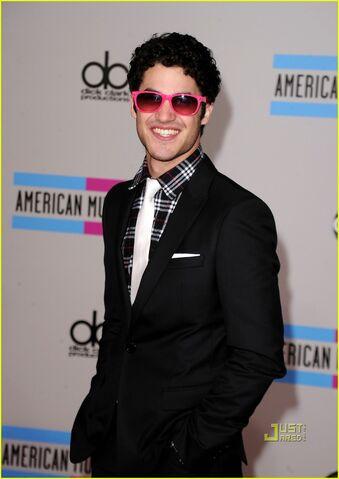 File:Darren-criss-amas-teenage-dream-with-katy-perry-01.jpg
