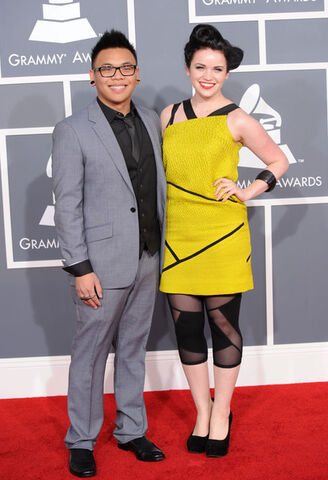 File:Lindsay+Pearce+54th+Annual+GRAMMY+Awards+Arrivals+QrCnx-vQNBll.jpg