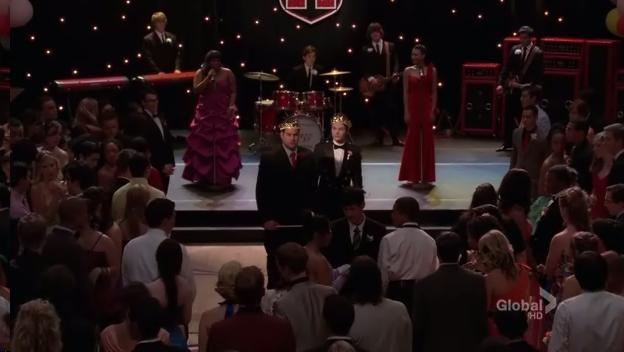 File:S02E20-Prom Queen.jpg