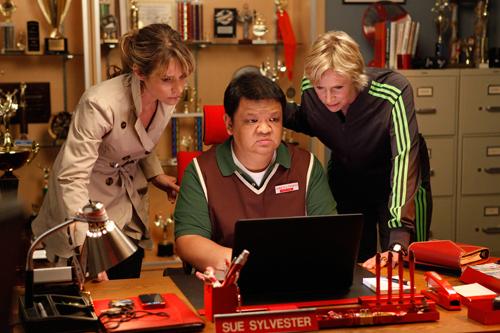File:Terri, Howard, Sue.png