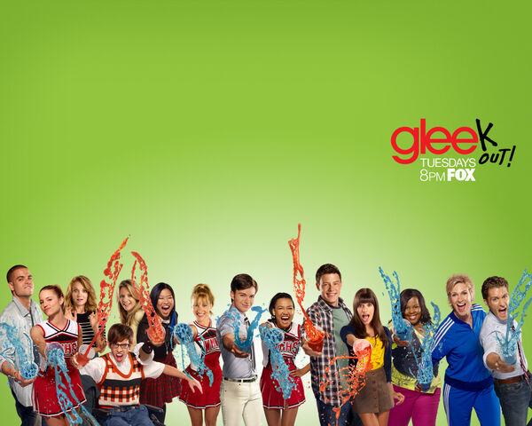 File:Glee Wallpaper 1280x1024 Keyart.jpg