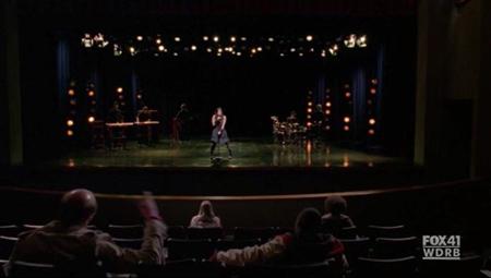 File:Hecklers Glee 1.jpg