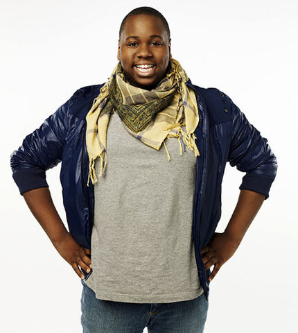 File:Alex Newell.jpg