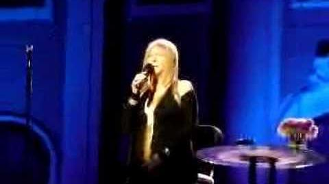 Barbra Streisand live in Vienna - Papa can you hear me