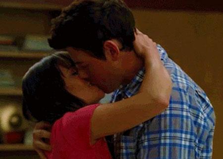 File:Glee-finn-rachel-proposal.jpg