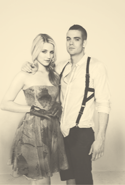 File:DiannaAgron&MarkSalling4.png