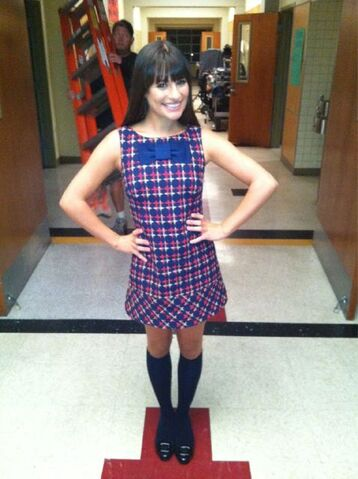 File:Lea-michele-twitter-1-season3.jpg