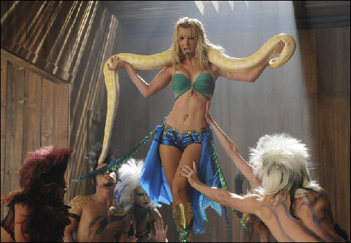 File:Glee-music-Britney-Brittany-episode.jpg
