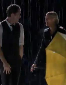 File:GLEE - Umbrella Singin In the Rain Full Perform.JPG