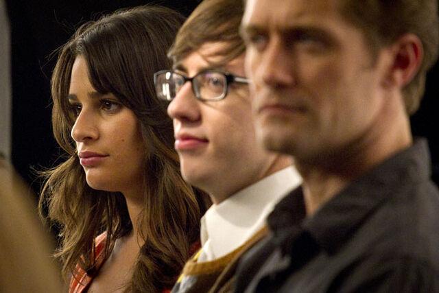 File:Glee411.jpg