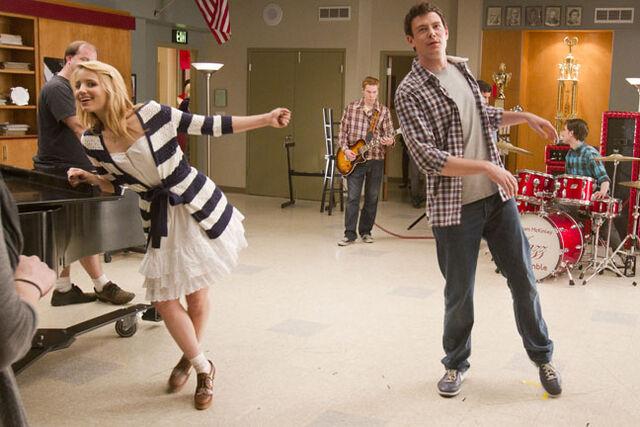File:Glee44.jpg