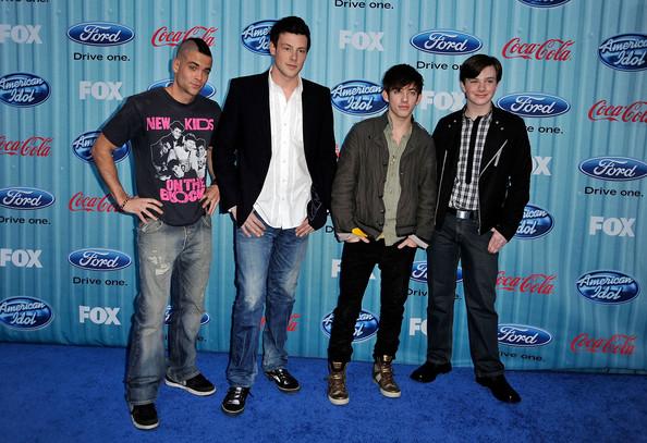 File:American+Idol+Top+13+Party+- ey6VLuyuSl.jpg
