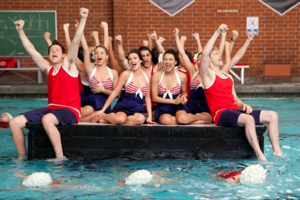 File:Glee-jan17-yesno.jpg