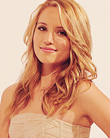 File:DiannaAgron9.png