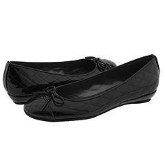 File:Tina Shoes.jpg