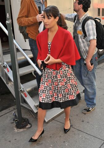 File:Lea as rachel - glee in nyc.jpg
