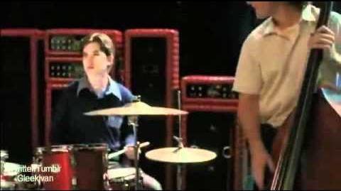 "Behind The Scenes - Glee ""Funeral"" 2x21"