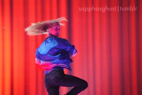 File:Heather-Morris-Boston-Glee-Live-glee-22728851-500-336.jpg