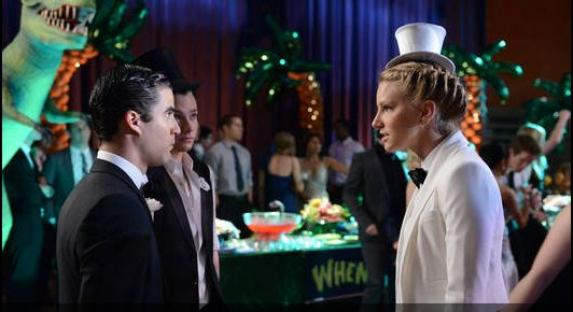 File:Glee-blaine-kurt-brittany-573x312.jpg