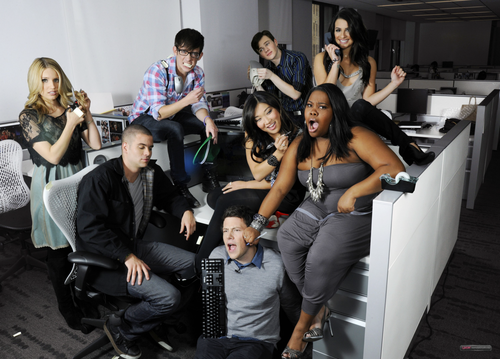 File:Glee+Cast+PNG2.png