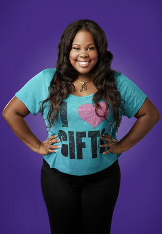 File:Glee 11-amber-riley-01 2409DJ1.jpg