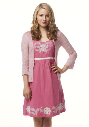 File:Quinn-season1-dress.jpg