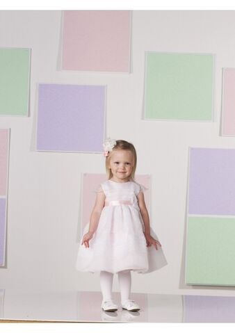 File:Dresses.jpg