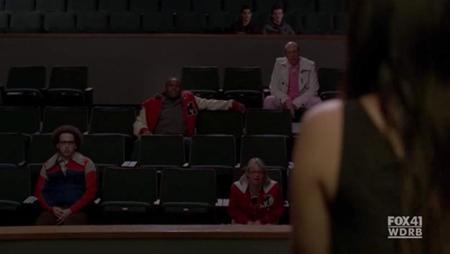 File:Hecklers Glee 2.jpg
