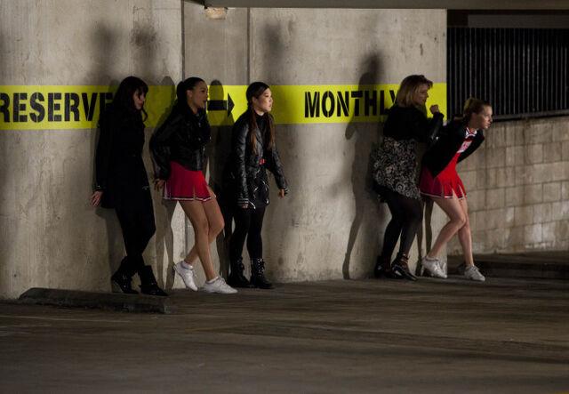 File:Glee-michael-jackson-tribute-05.jpg