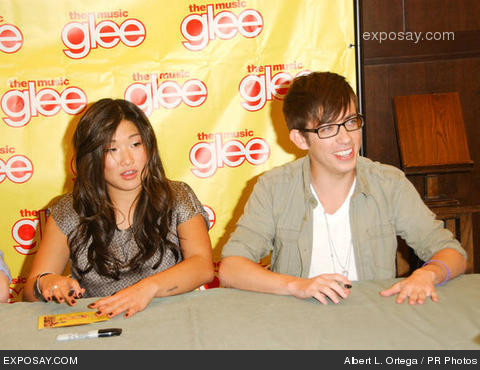 File:Jenna-ushkowitz-and-kevin-mchale-cast-members-F0NTo8.jpg