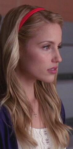 File:Glee-109-0041.jpg