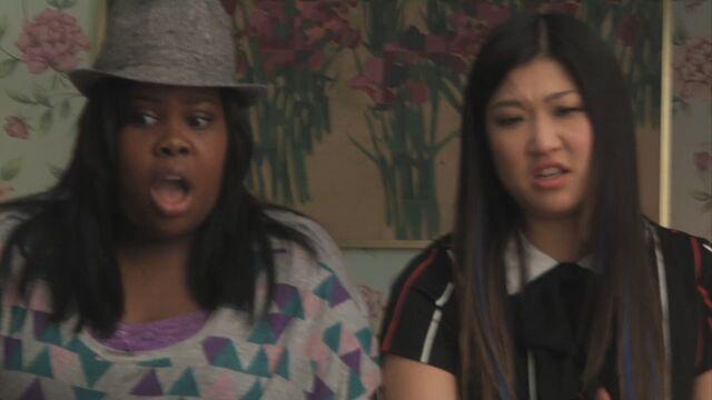 File:Glee219-0033.jpg