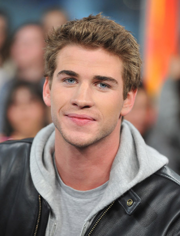 File:Liam hemsworth abs of steel-15sfboc.jpg