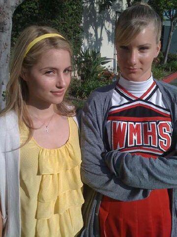 File:Glee311.jpg