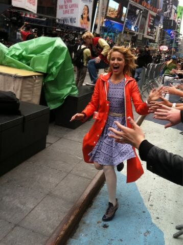 File:Dianna in nyc - glee in nyc.jpg
