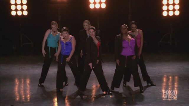 File:Glee115 0228.jpg
