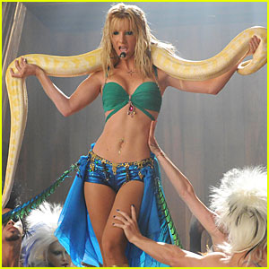 File:Glee-britney-stills.jpg