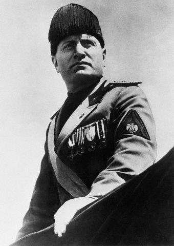 File:Benito Mussolini.png