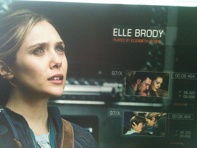 File:GODZILLA ROADSHOW 14 - Elle Brody.jpg