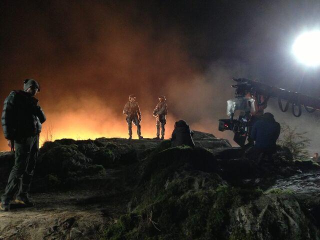 File:Godzilla 2014 Soldiers Scene Shooting at Night.jpg