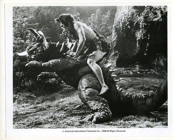 File:Baragon Fighting Frankenstein.jpg