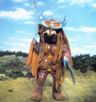 Kabutojira standing