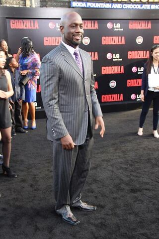 File:Godzilla 2014 Red Carpet 16.jpg